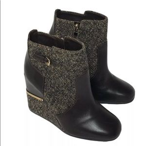 Tory Burch Wedge Ankle Tweed Leather Booties 7 M